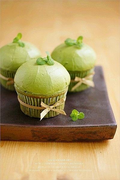 cách làm cupcake trà xanh trang trí độc đáo