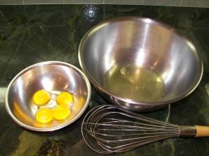 [Image: four-egg-yolks-five-egg-whites-300x225.jpg]